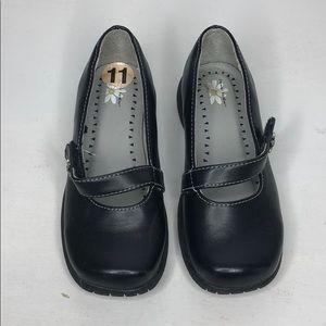 🌈 Emma's garden shoes size 11